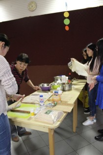 05/04/2017 Cooking lesson at he Szemere Bertalan Vocational School (2)